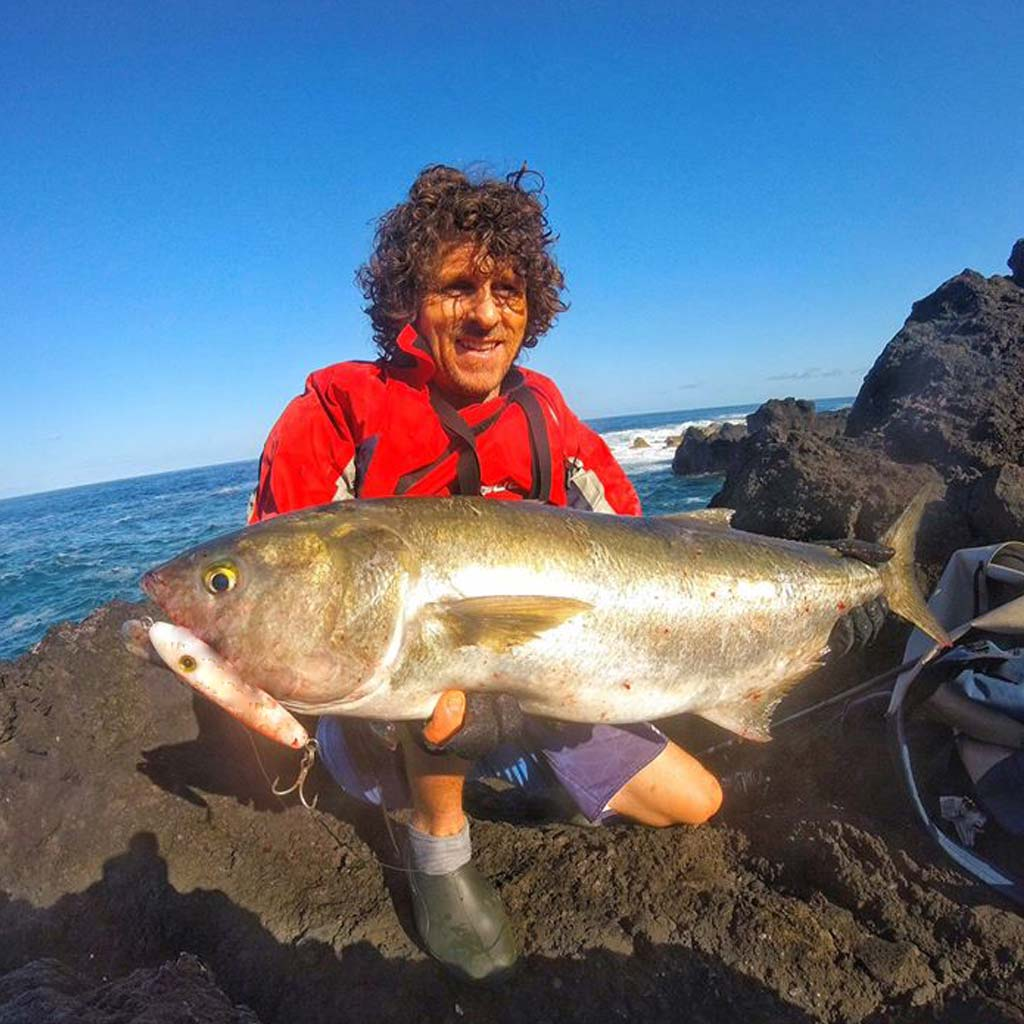 grant woodgate with a big bluefish on a samson lure